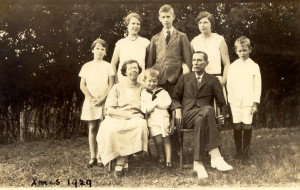 George and Gladys Nugent with (from left) Joyce, Peggy, Nick (at front), Oliver, Monica and Osbern