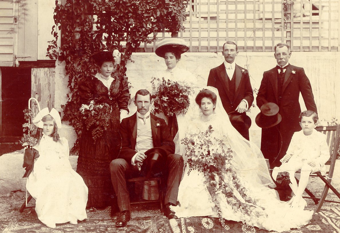 Osbern Foster marries Monica Nugent in Antigua in 1906. Monica's brother George and father Oliver stand behind her.